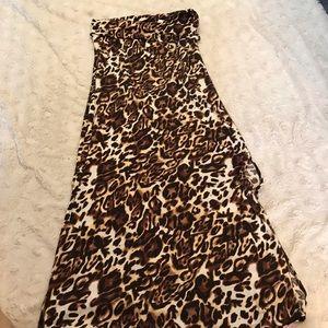 Dresses & Skirts - Cheetah skirt